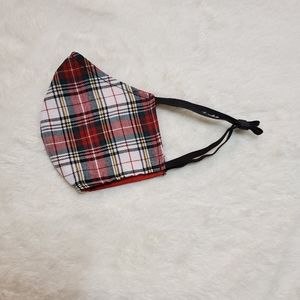 Accessories - NEW homemade face mask Red Plaid